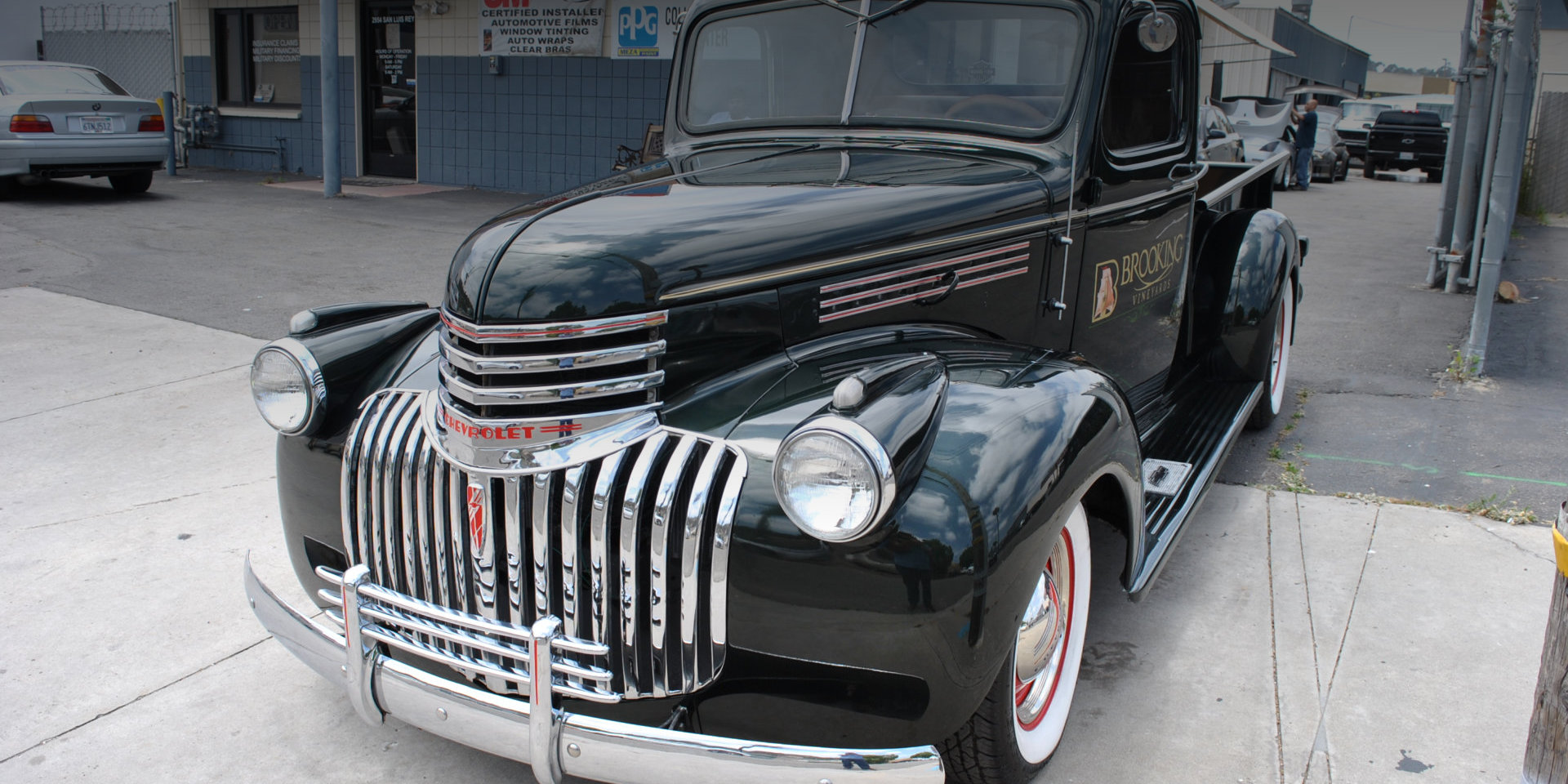 vintage black auto